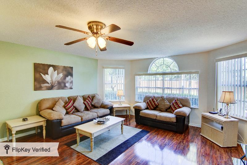 Refurbished Disney Home with WiFi, Pool &Air Cond: - Image 1 - Kissimmee - rentals