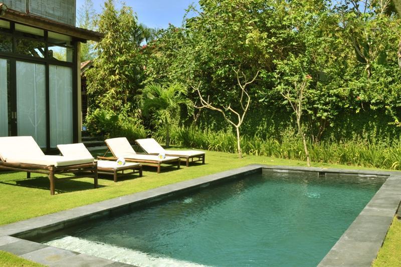 Pool_Area_01.JPG - Villa Jati Manis - Kuta - rentals