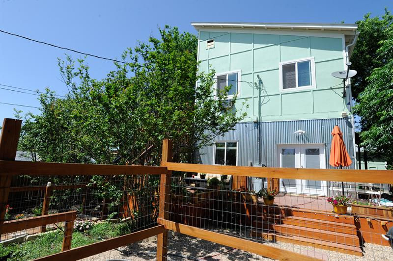 Trendy East Side Loft !open for F1and swxw. - Image 1 - Austin - rentals