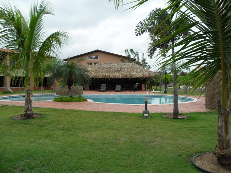 Beautiful condo at Jardines del Mar - Image 1 - Sierra Nevada - rentals