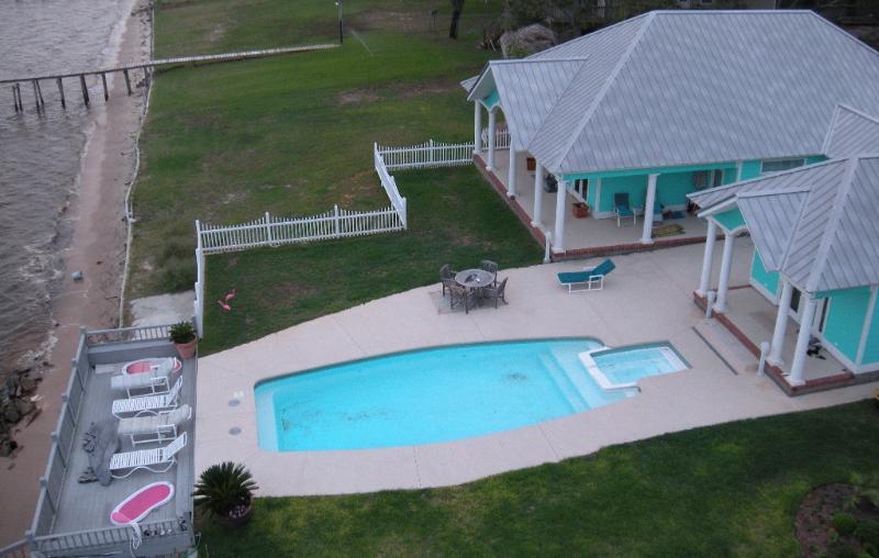 Dolphindale - The Best Kept Secret in South Mississippi - Ocean Springs - rentals