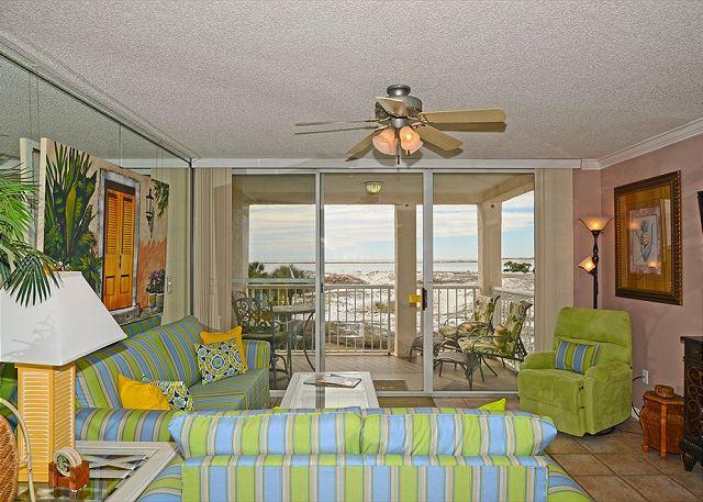 Gulf front 2 bedroom / 2 bath located in Destin Pointe Subdivision / Sleeps 6 - Image 1 - Destin - rentals