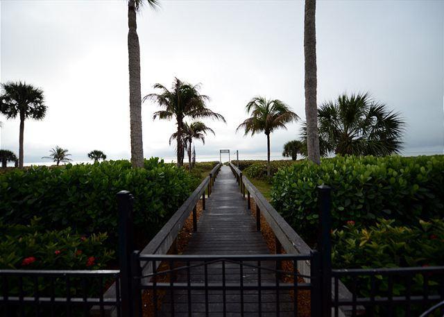 Boardwalk to Beach - Gulf view, Three Bedroom, Sundial Beach Resort Condo - Sanibel Island - rentals