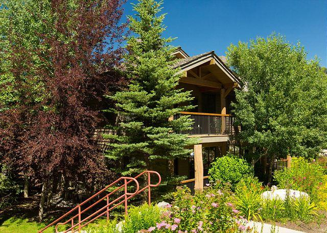 View of Building Exterior - 535 Snow King Loop - Jackson Hole at it's Best! - Jackson - rentals