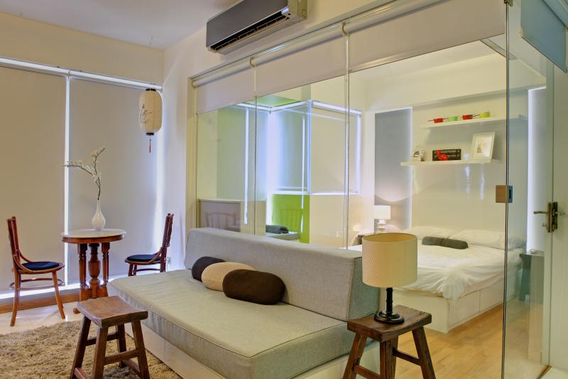 Alice in Chinatown Theme - 1 Bedroom Apartment - Image 1 - Singapore - rentals