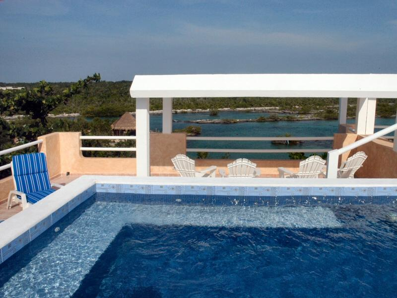 MAYA - FREN4 Gorgeous ocean and lagoon view perfect for a family reunion. - Image 1 - Akumal - rentals