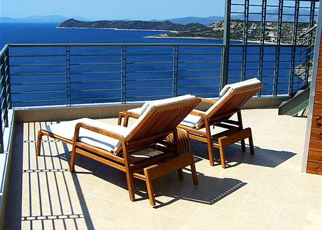 No you are not on a Greek Isle but in Villa Nefeli! - Gorgeous Eco Friendly Seaside Athens Villa - Schinias,marathon - rentals