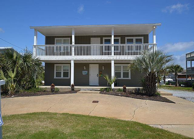 5 Bedroom House located on the Canal with two Boat Slips... - Image 1 - Destin - rentals