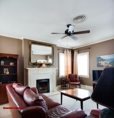 1017: 2 BR Forsyth Carriage House - Image 1 - Savannah - rentals