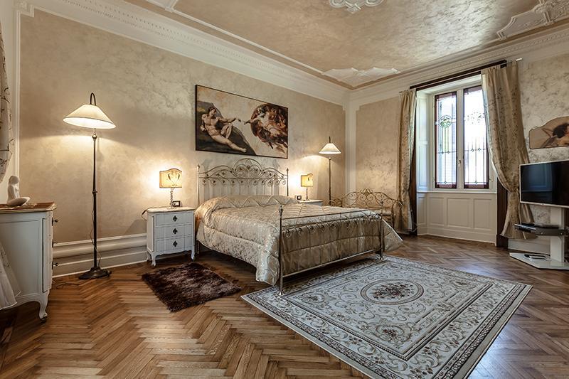 Bedroom 1 - Charming Apartment in the centre of Como - Como - rentals