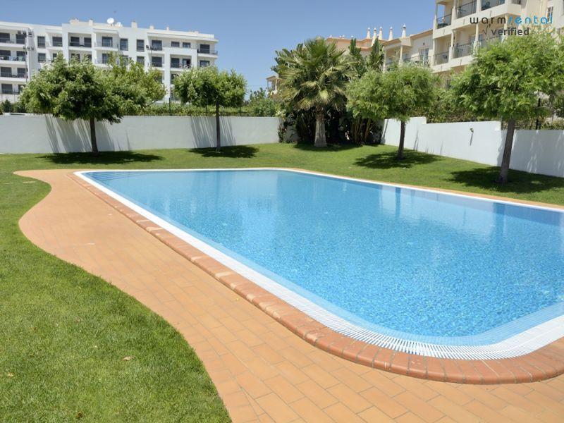 Pool  - Compas Blue Apartment - Olhos de Agua - rentals