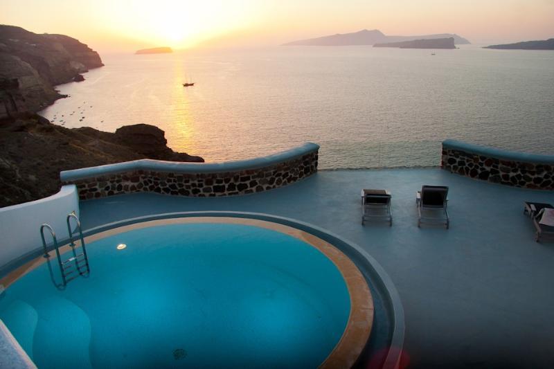 Serenity Suites-Luxury suites with caldera view - Image 1 - Santorini - rentals