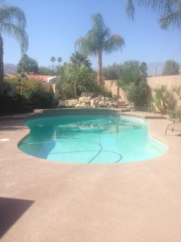 Private pool with mountain views - Large 3 Bedroom home with private pool - Palm Desert - rentals