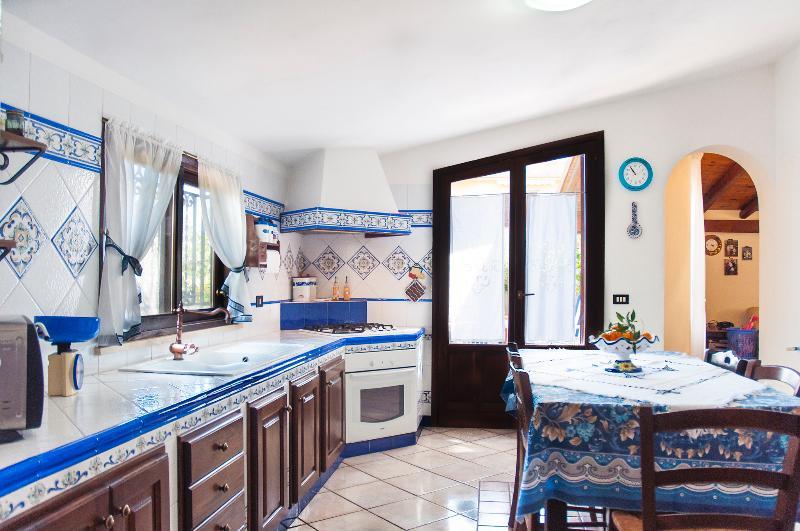 Al Borgo Apartment - Image 1 - Castellammare del Golfo - rentals