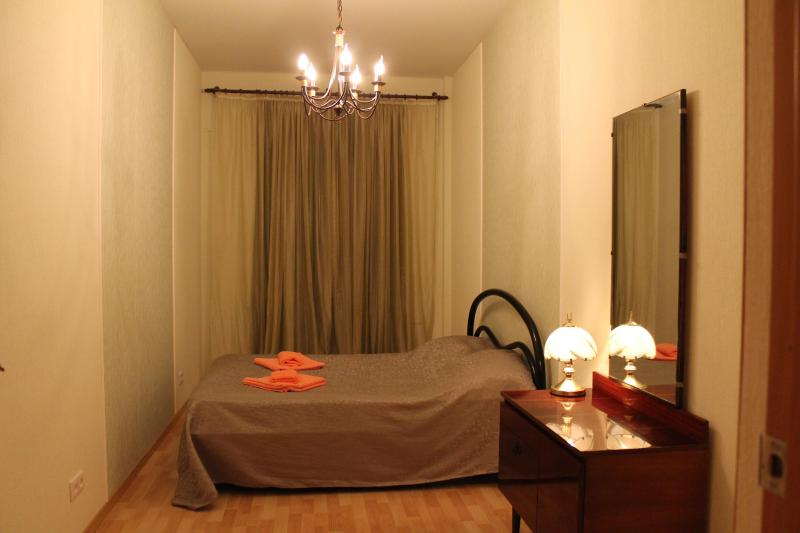 bedroom 1 - Apartment in the centre near St Isaac's Cathedral - Saint Petersburg - rentals