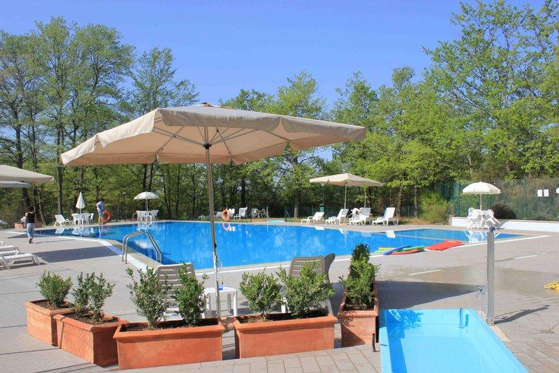 House in Tuscany / Umbria with a SWIMMING POOL! - Image 1 - Piegaro - rentals