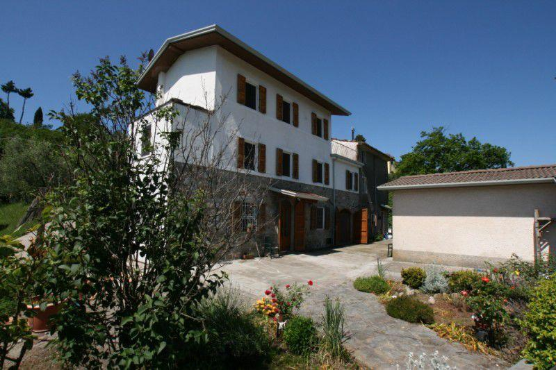 Holiday Home near Sea on the Tuscan Hills - Image 1 - Camaiore - rentals