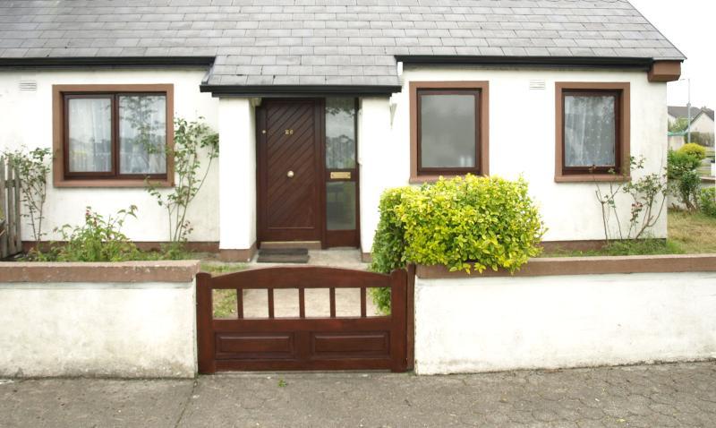 2 Bed Bungalow in Ballina,Co Mayo - Image 1 - Ballina - rentals