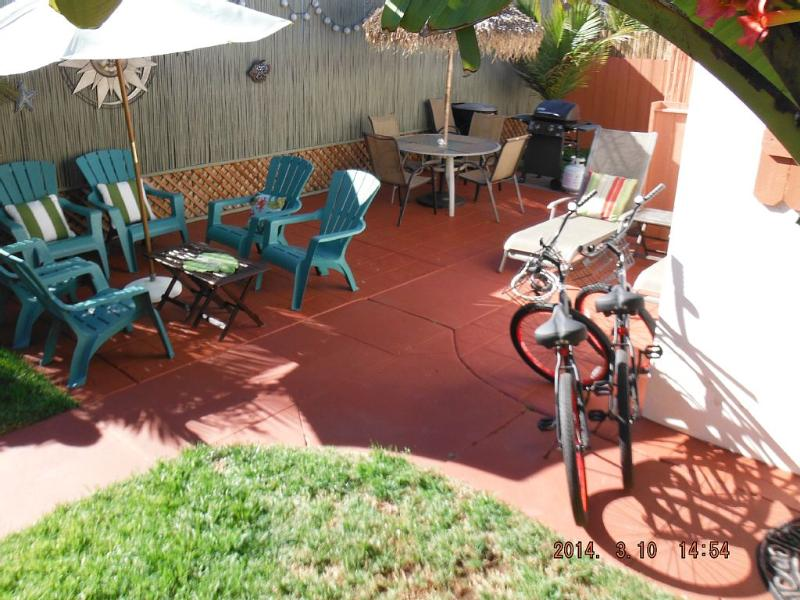 Second view of large patio with lounges. - Tropical Beach House~June Dates Open~Dog Friendly - Pacific Beach - rentals
