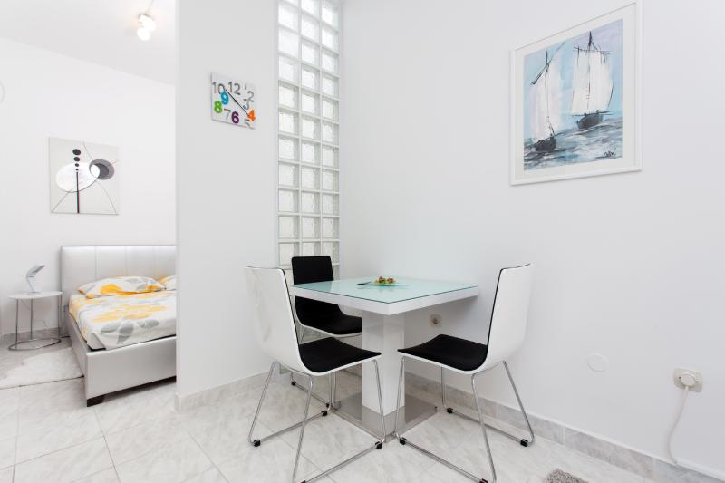Studio - Modern studio near the Znjan beach - Split - rentals