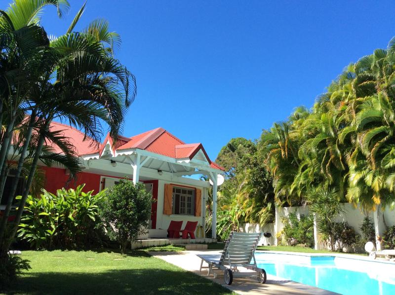 Garden and pool - Great apartment in Guadeloupe - Deshaies - rentals