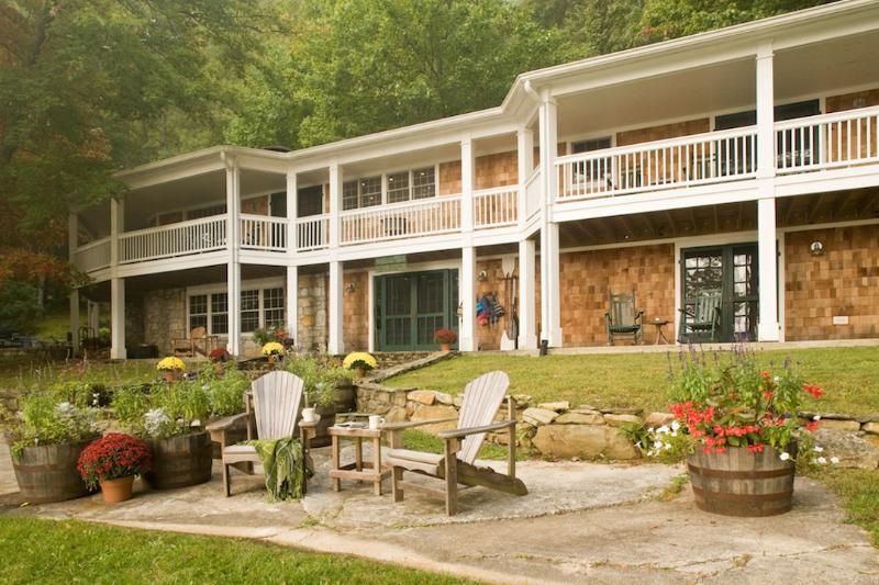 Exterior - The Lakehouse, Cashiers NC 5 Bedroom/4Bath - Cashiers - rentals