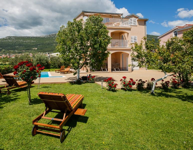 Villa Lucija - Villa Lucija with swimming pool near Trogir - Trogir - rentals