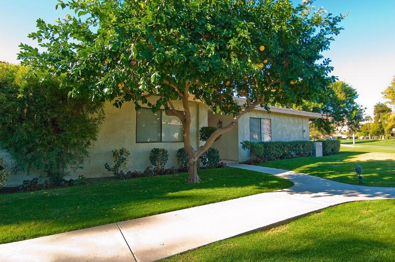 Beautiful Sunrise Country Club - Image 1 - Rancho Mirage - rentals