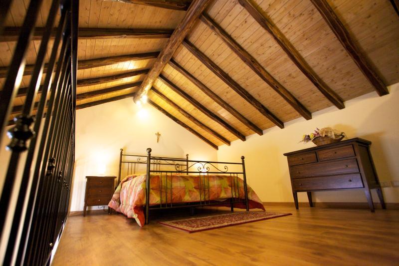 Splendido Loft,2 Passi Dal Mare Alle Pendici Dell'etna, Vicino Taormina - Image 1 - Acireale - rentals