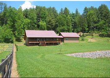 Front view of the home from the pond. - 4/2 pet-friendly cabin in North Georgia mountains! - Blairsville - rentals