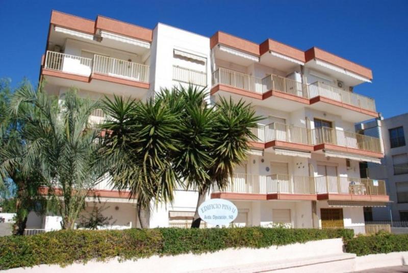 Els Pins II - Apartment 2/4 - Image 1 - Cambrils - rentals
