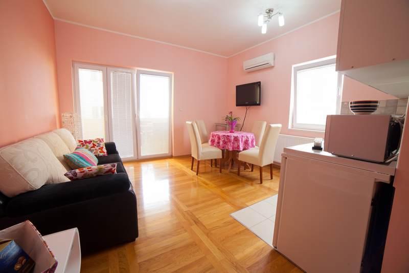 Apartments Lidija - 22831-A9 - Image 1 - Srima - rentals