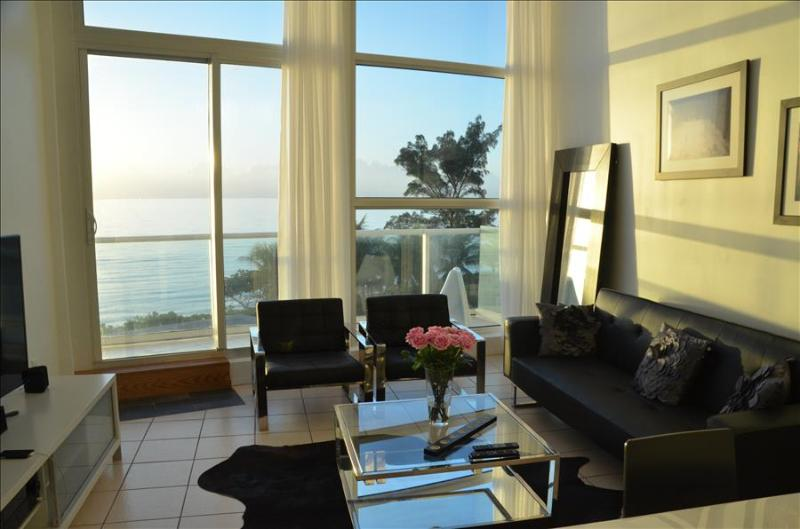 CB2- Amazing Oceanfront 3 Bedroom 2 Story Suite on the Beach - Image 1 - Miami Beach - rentals