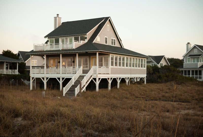 Bogan's on the Beach - Image 1 - Bald Head Island - rentals