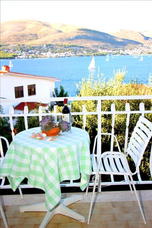 Stunning Sea View Apartment in Okrug Donji on Island Čiovo - Image 1 - Okrug Donji - rentals