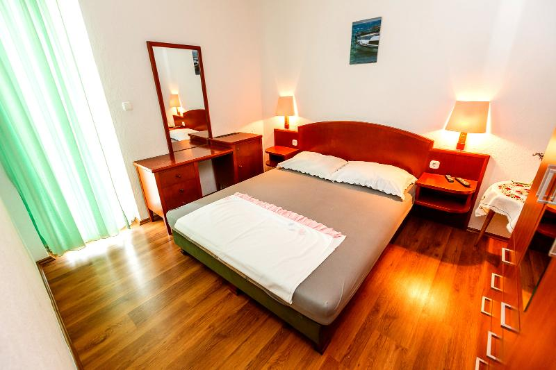 Enjoy the Serenity of our Apartment in Okrgu Donji in A4 - Image 1 - Okrug Donji - rentals