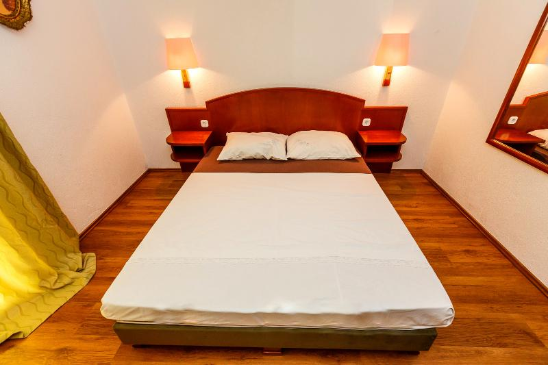 Enjoy the Serenity of our Apartment in Okrgu Donji in A5 - Image 1 - Okrug Donji - rentals