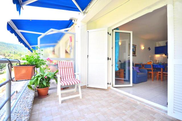 Familiy Holiday Beach Apartment on the Island of Šolta - Image 1 - Solta - rentals