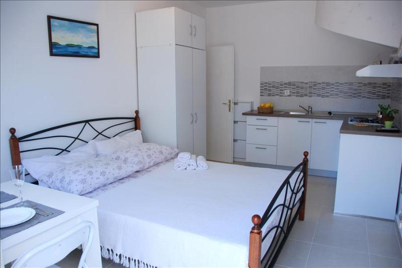 Experience our accommodation in Stari Grad and explore Island Hvar - Image 1 - Stari Grad - rentals