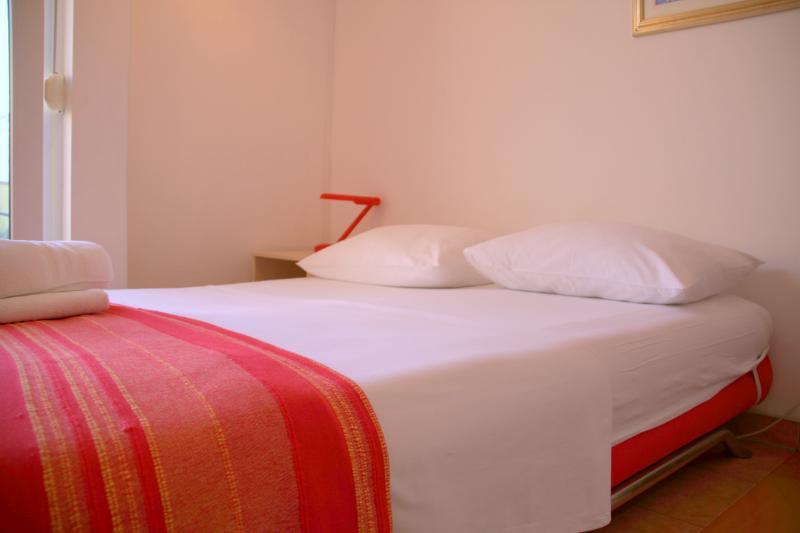Beachfront Studio Apartment in Split for 3 Adults on Žnjan Beach (A1) - Image 1 - Split - rentals