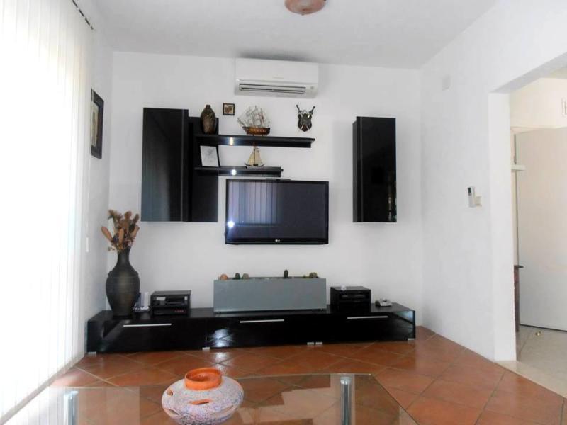 Apartment Lipovac near the Centre of Trogir - Image 1 - Trogir - rentals