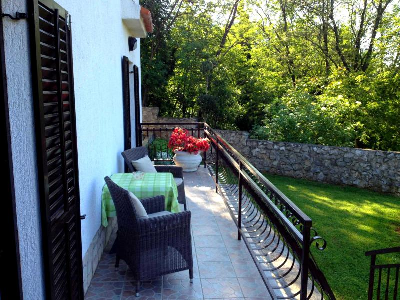 Sun Drenched Apartment in Rural Istria with a Holistic Garden - Image 1 - Krsan - rentals