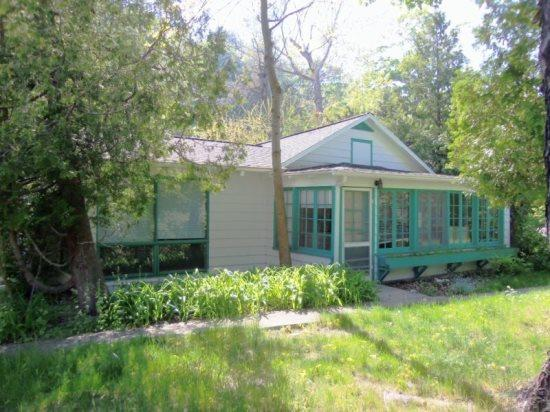 Front View - Holiday House on Beautiful Crystal Lake - Frankfort - rentals