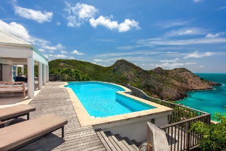Beachfront Divine Vista with covered terrace and daily maid service - Image 1 - Gouverneur - rentals
