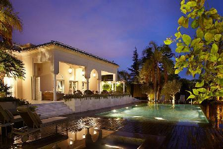 Stunning Monteverde Villa with exterior gallery terraces, gardens and pool - Image 1 - Marbella - rentals
