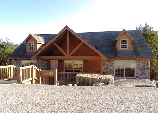 Bambi's Bungalow - Bambi's Bungalow- 2 Bedroom, 2 Bath Stonebridge Golf Resort Lodge-Sleeps 6 - Branson West - rentals