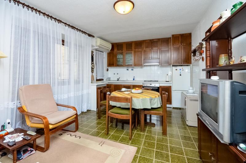 Apartment Nikica - 57001-A1 - Image 1 - Sibenik - rentals