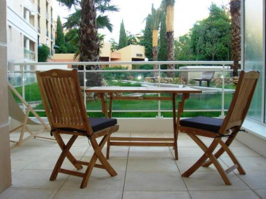 Fantastic Bristol Studio in Cannes, with a Balcony - Image 1 - Cannes - rentals