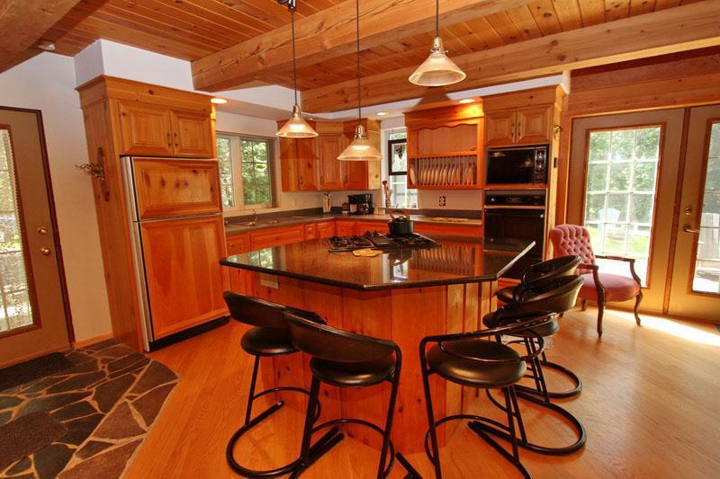 Freds Hideaway cottage (#810) - Image 1 - Hope Bay - rentals
