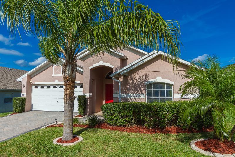 Welcome to Villa Crusoe - Villa Crusoe, 3 bedroom, luxury villa, in Florida. - Davenport - rentals
